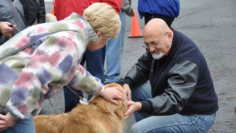 abc newton memorial chance hudson valley golden retriever comfort dogs jt 121218 wblog Newtown Notebook: When the Funeral Processions Drive By