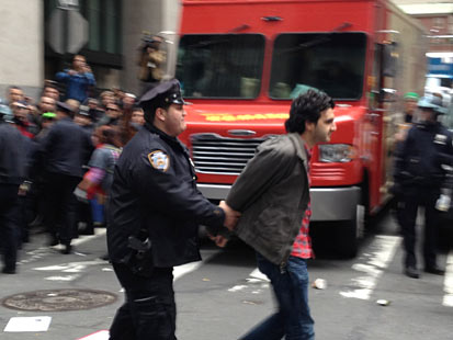 abc occupy arrest jp 111117 main Occupy Wall Streets Day of Disruption: WN Live Updates