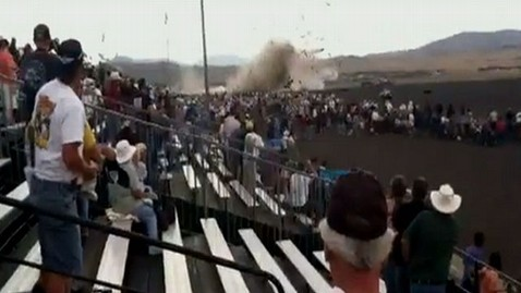 abc reno air show crash lt 110916 wblog Mass Casualty Situation in Plane Crash at Air Show