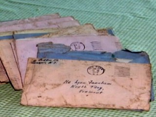 PHOTO: A stack of 57 World War II era love letters washed up following superstorm Sandy in Atlantic Highlands, N.J.