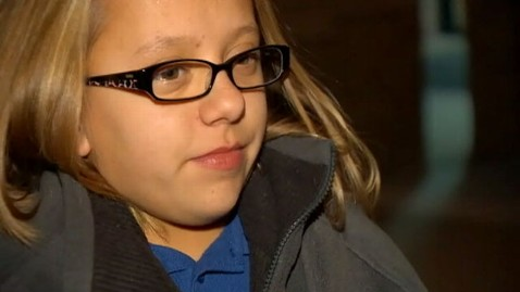 Wheelchair-Bound Preteen Held by TSA After Traces of Explosives ...