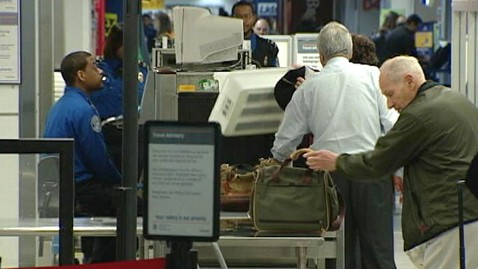 abc tsa tk 120411 wblog Looming Spending Cuts: Longer Airport Lines and Cuts to Food Safety
