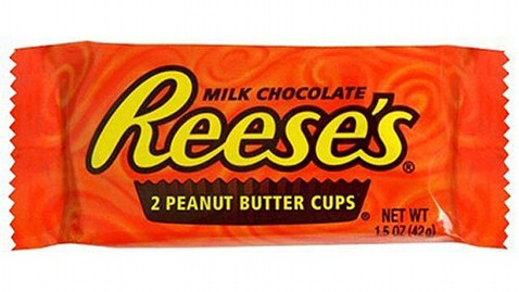 am reeses cup robbery lpl 120620 wblog Ohio Thief Steals $600 Worth of Reeses Peanut Butter Cups