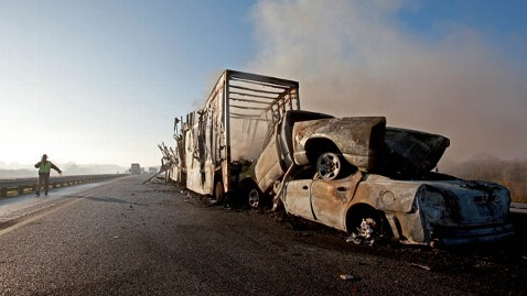 ap Florida Interstate Crash jt 120129 wblog Death Toll Reaches 10 in Crashes on I 75 in Florida