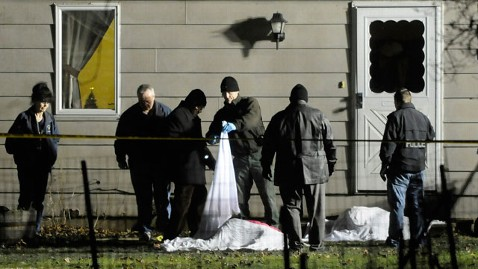 ap Illinois Five Dead jt 111217 wblog Five Dead in Suspected Murder Suicide; Witness Says Mother Shot Baby