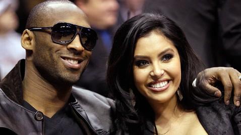 ap Kobe Bryant Vanessa Bryant jt 111217 wblog Kobe Bryants Wife Vanessa Files for Divorce