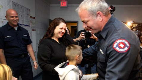 ap firefighter boy kb 121115 wblog Instant Index: Firefighter Reunited With Boy He Saved
