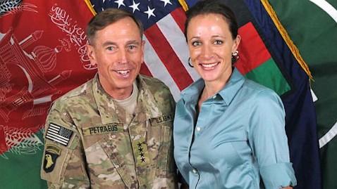 ap gen petreaus paula broadwell nt 111212 wblog Petraeus Paramour Paula Broadwells Lost License Found in D.C. Park