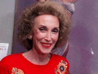 Helen Gurley Brown Dies at 90