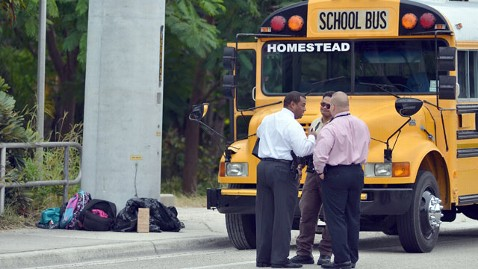 ap homestead fl bus shooting mi 121120 wblog Girl, 7, Sees Sister, 13, Shot Dead on School Bus in South Florida