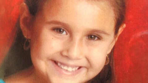 ap isabel mercedes celis lt 120422 wblog Open Window Shows Missing Tucson Girl Was Abducted, Parents Say