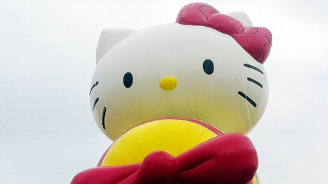 ap macys hello kitty balloon jt 121111 wblog Instant Index: Thanksgiving Parade Balloons Take Test Flight, Dorothys Dress Sells