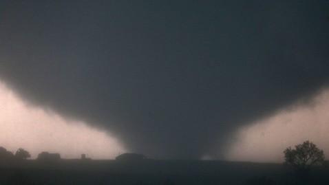 ap oklahoma tornado ll 130531 wblog Deadly El Reno, Okla., Tornado Breaks Record as Widest Twister in 60 Years