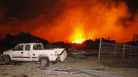 ap texas explosion6 waco wy 130418 wblog Texas Explosion Casts Pall Over Waco