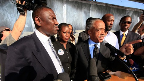gty al sharpton martin jp 120326 wblog Sharpton Vows to Occupy Sanford, Fla., Over Easter