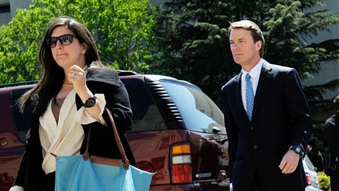 gty cate john edwards ll 120413 wblog John Edwards Daughter May Testify in His Criminal Trial