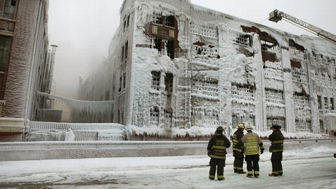 gty chicago warehouse kb 130124 wblog Ice From Fire Hoses Threatens to Collapse Building