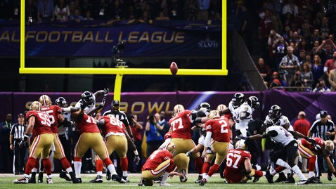 gty field goal kb 130203 wblog Super Bowl XLVII Live: Score, Commercials and More