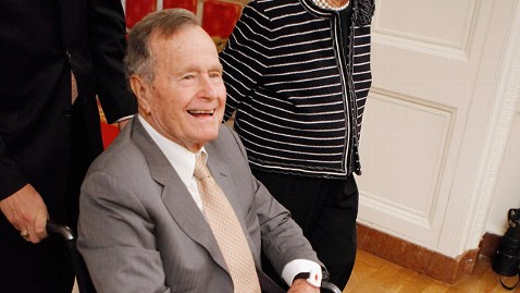 gty george h w bush lpl 121226 wblog George H.W. Bush Fighting Fever in ICU