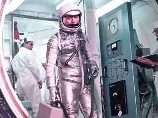 PHOTO: Astronaut John Glenn prepares to enter the Mercury launch vehicle, Feb. 20, 1962 at Cape Canaveral, Fla.