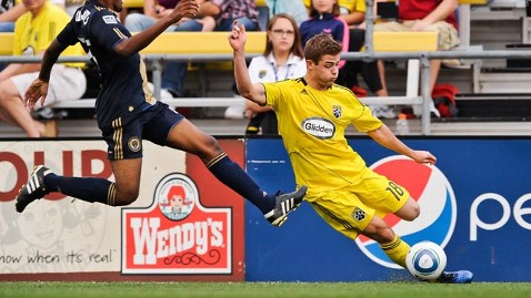 gty robbie rogers ll 130215 wblog US Soccer Player Robbie Rogers Comes Out As Gay, Retires