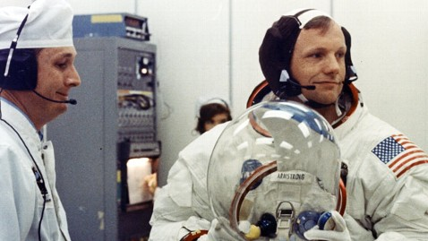 ht 1969 neil armstrong suit up jt 120825 wblog Neil Armstrong to Have Private Funeral Friday