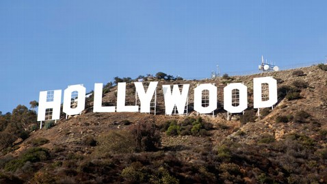 ht Hollywood After Refurbishment nt 121204 wblog Hollywood Signs Makeover Unveiled