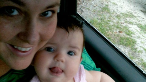 ht allison tate jef 121004 wblog Fla. Mom Stunned by Response to Staying in the Picture