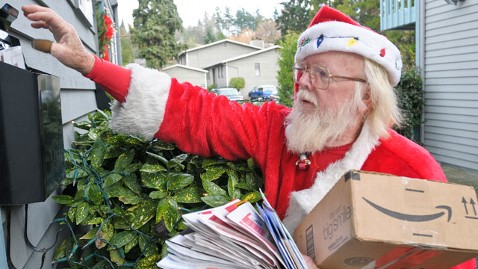 ht bob mcLean as santa dm 111222 wblog Postman Banned From Wearing Santa Claus Outfit Fighting Back