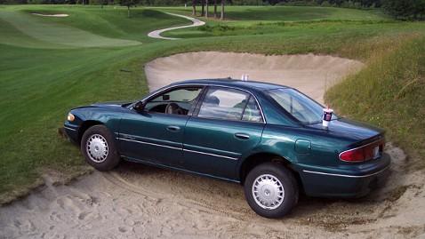 ht car golf course jp 120620 wblog Woman Blames GPS for Drunken Crash on Golf Course