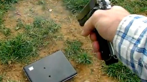 ht dad shoots laptop dm 120214 wblog Tommy Jordan, Who Shot Daughters Laptop, Defends Himself