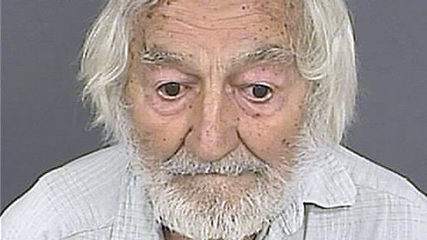 ht edward bogunovich ll 120806 wblog 87 Year Old Arrested for Growing More Than 400 Marijuana Plants
