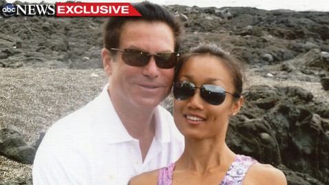 ht excl jonah rebecca sunglasses jef 110721 wblog Rebecca Zahaus Boyfriend Warns He Might Sue Her Familys Lawyer