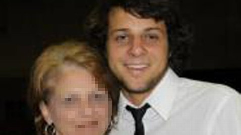 ht gilbert thomas collar with mom facebook blur jt 121007 wblog Gil Collar: Naked University of South Alabama Student Killed by Officer