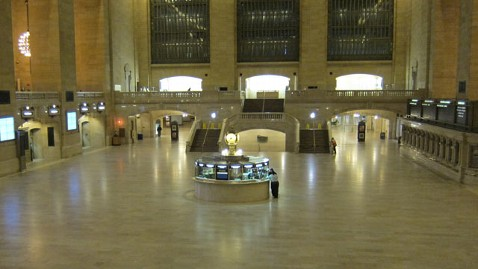 ht grand central station wy 121029 wblog Instant Index: Brave Trick or Treaters on Halloween