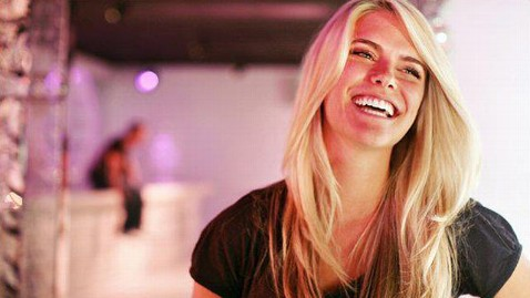 ht lauren scruggs 2 nt 120117 wblog Pilot Tried to Warn Lauren Scruggs Before Propeller Accident: Report