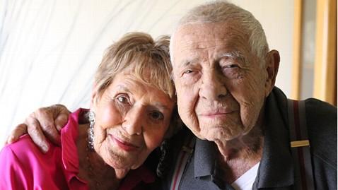 ht lillian hartley allan marks ll 120301 wblog Meet the Oldest Newlyweds Ever: Elderly Couple Breaks Wedding World Record