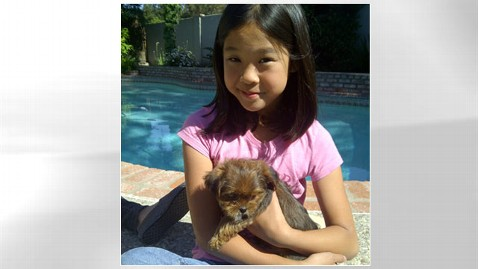 ht marissa mabanag missing dog thg 121004 wblog Girl Reunited With Stolen Puppy After Offering Her Piggy Bank as Reward