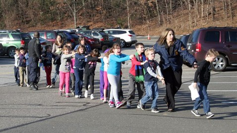 ht newton bee school shooting nt 121214 wblog LIVE UPDATES: Newtown, CT School Shooting