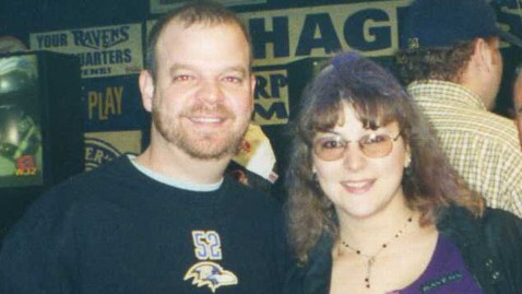 ht ravens fans tight kb 130130 wblog Baltimore Couple Waits 12 Years for Ravens to Make It to Super Bowl to Wed