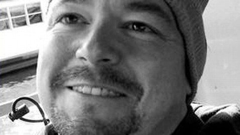 ht ray dolin dm 120612 wblog Hitchhiking Writer Shot Himself, Montana Cops Say