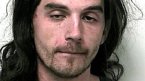 ht robert kune dm 120406 wblog Grease Covered Burglar Arrested in Underwear