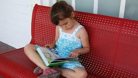ht sophia moss tk 130530 wblog 5 Year Old Reads 875 Books in Kindergarten