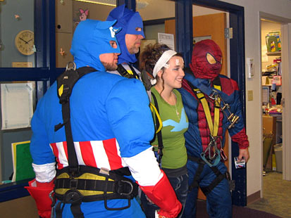 ht ss window washers jp 121204 main Superhero Window Washers Swoop Into Wisconsin Childrens Hospital