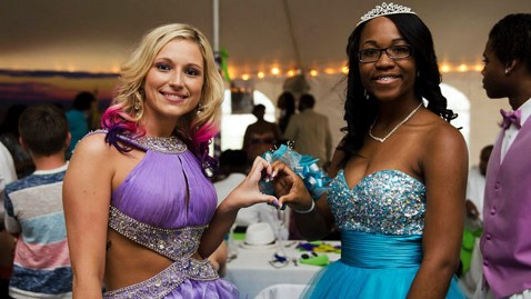 ht steve 5 nt 130409 wblog Reporters Notebook: Community Helps Georgia Students Hold First Integrated Prom