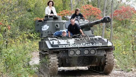 Drive A Tank >> Drive A Tank Crush A Car At Minn Firm Abc News