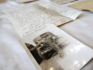 PHOTO: World War II letter and photo