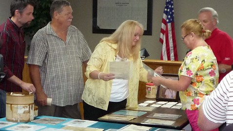 ht world war ii letters returned ll 130527 wblog 250 WWII Letters Found in Hatbox Returned to Soldiers Family