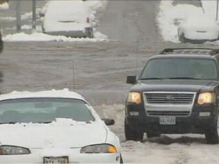 VIDEO: Winter storm drops foot of snow on Colorado, 15 states under storm advisory.