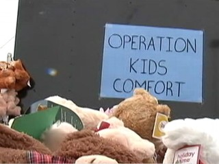 VIDEO: Holiday spirit comes to Newtown, Conn., and families revering from Hurricane Sandy.